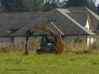 fencedigging